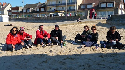 Apéro pacifiste à Juno  Beach- TML Voile