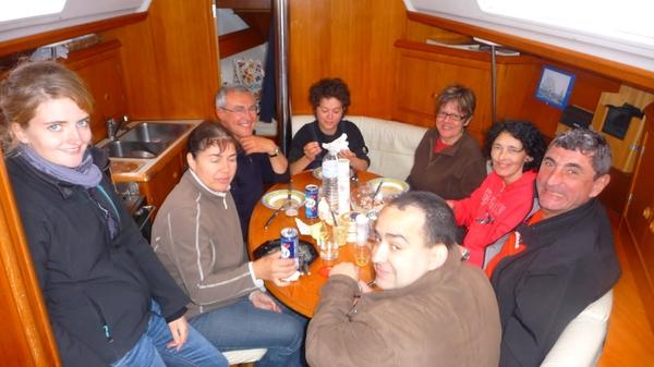 Déjeuner au port - TML Voile